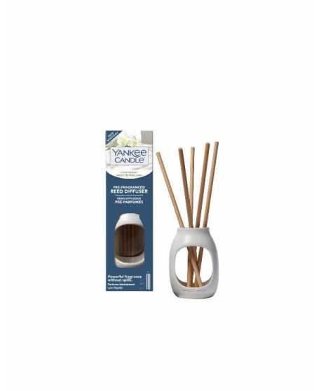 PRE-FRAGRANCED REED DIFFUSER FLUFFY TOWLES
